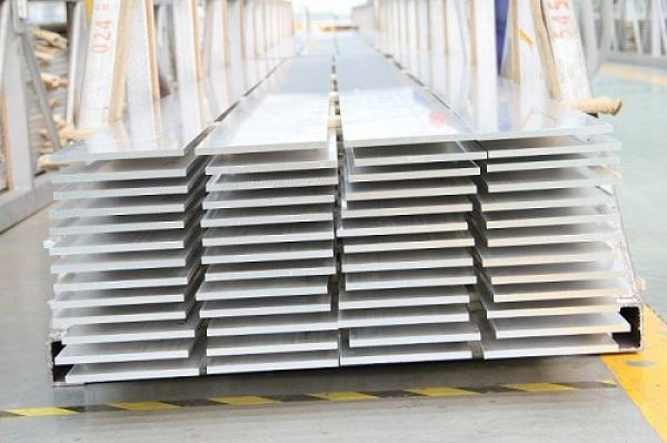 7050 T74 T7451 Extruded aluminium flat bar